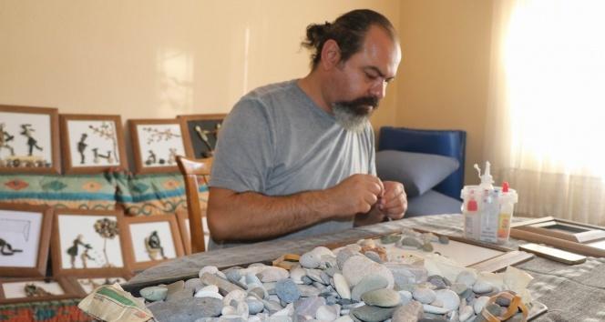 Kızılırmak'tan topladığı taşları sanata dönüştürdü