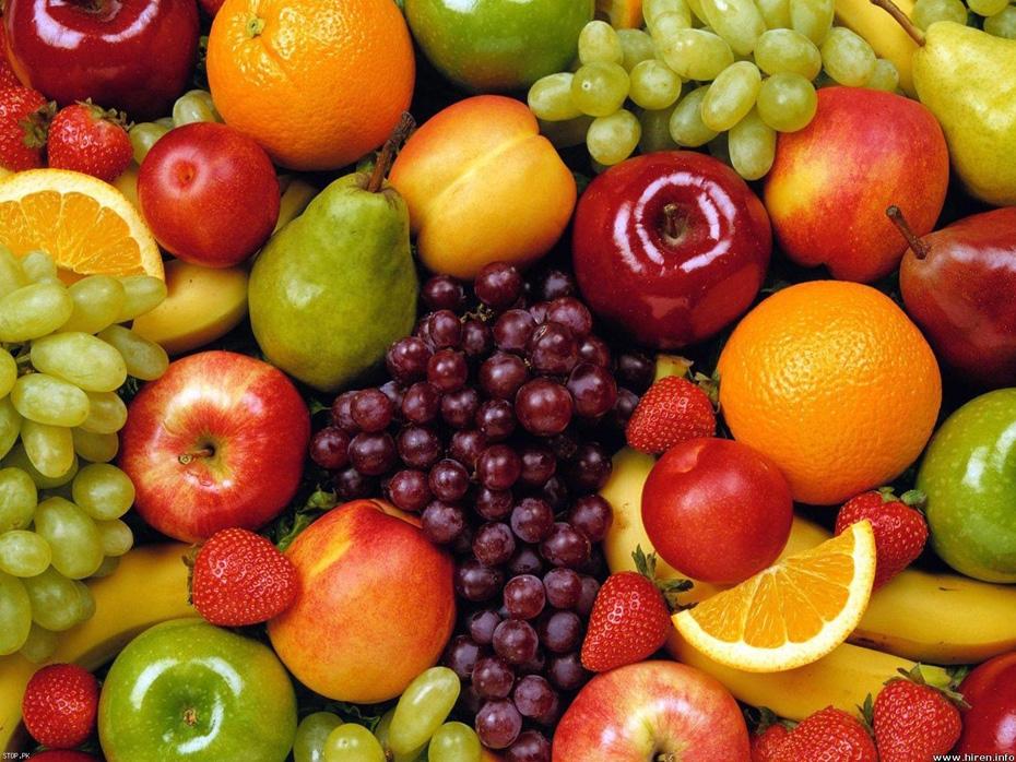 Renkli Meyveleri Bolbol Tüketin